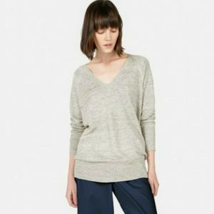 Everlane Linen Deep V-neck shirt